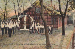 Turnhalle und Garten des Turnvereins