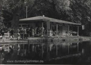 Bootshaus am Kanal